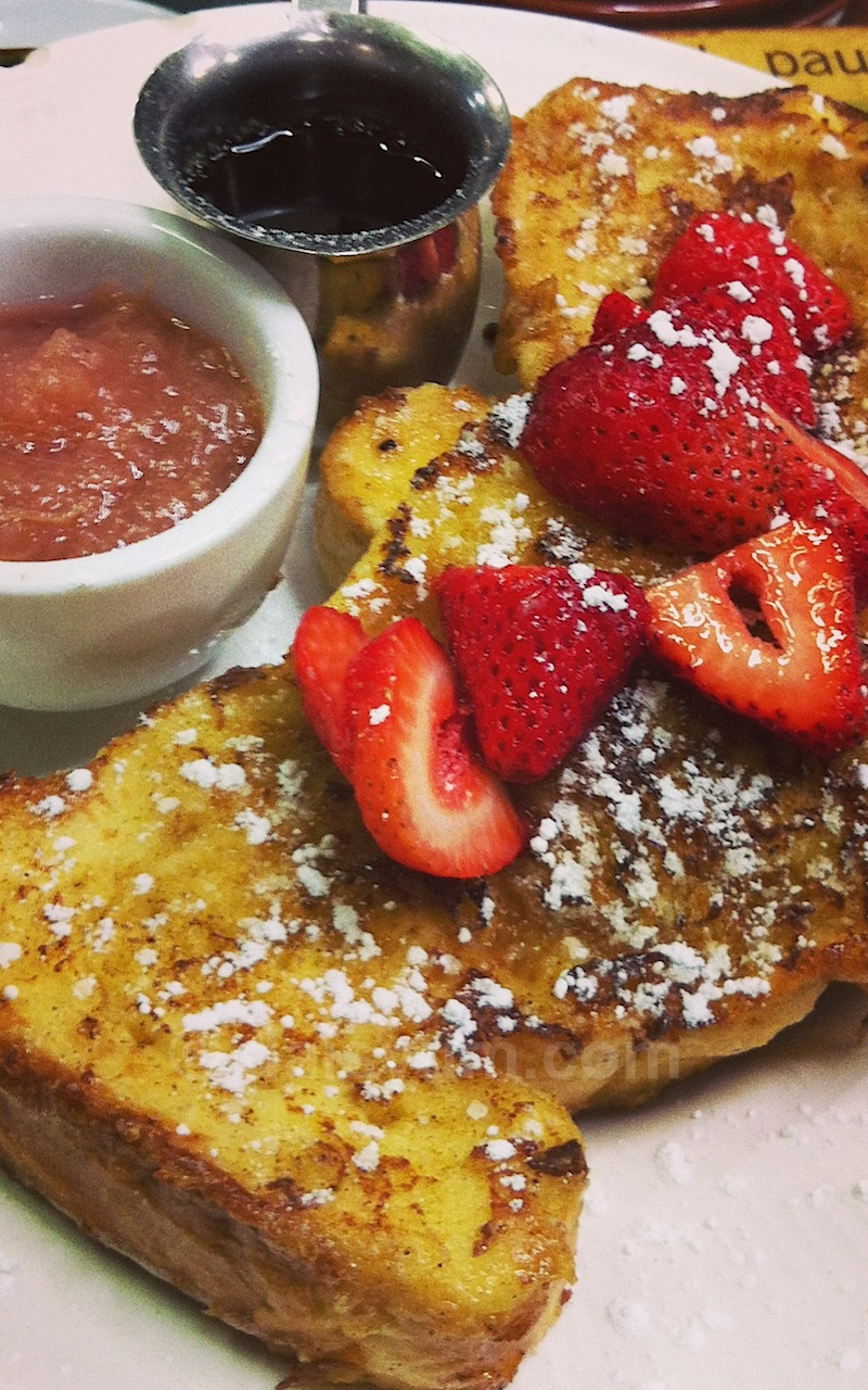 French toast with apple rhubard, strawberries and cinnamon