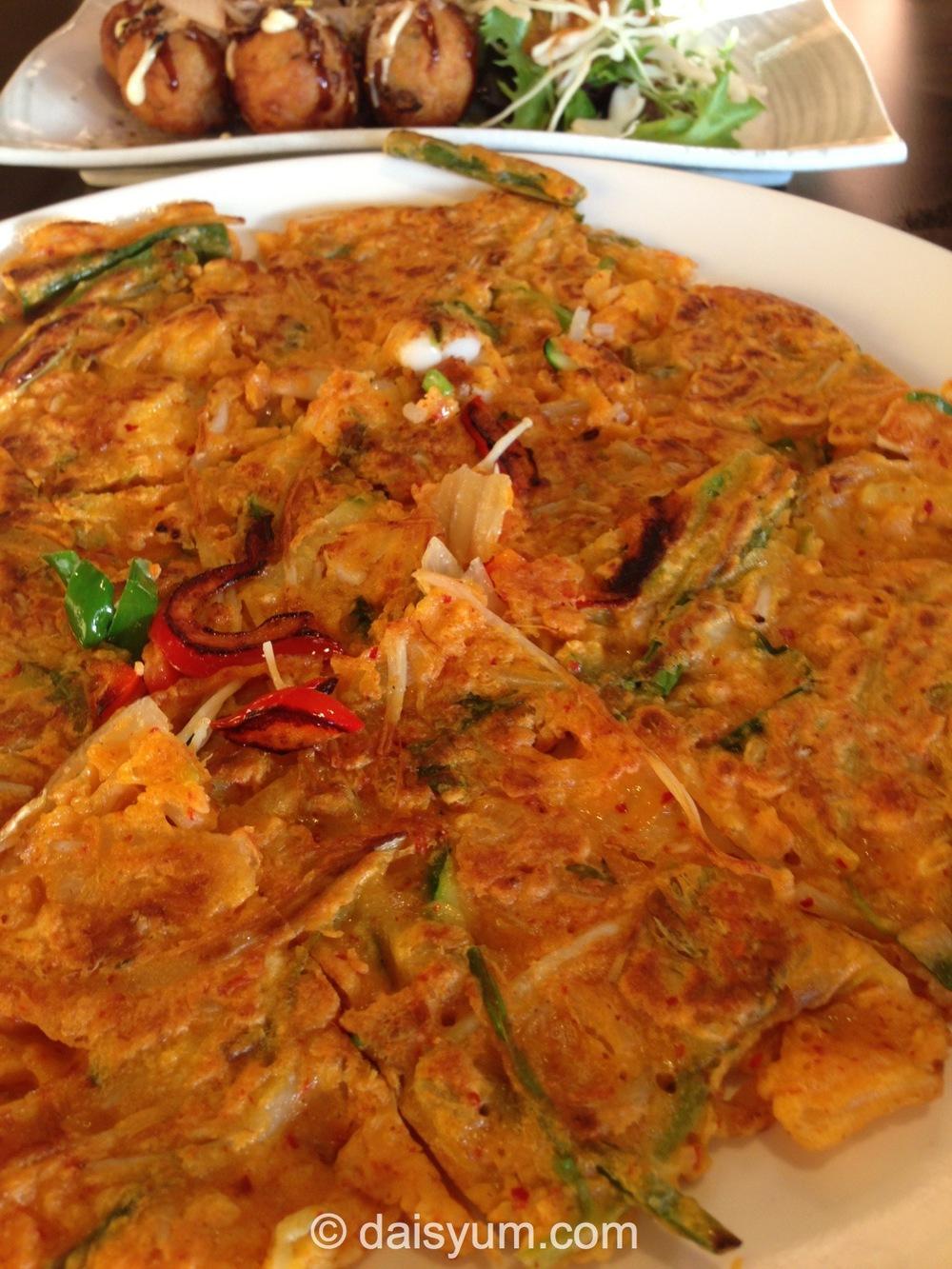Kimchi seafood pancake