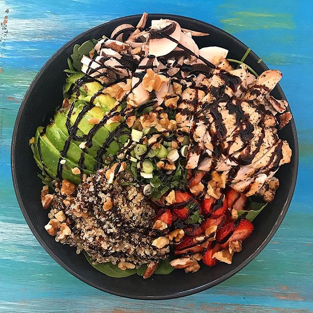 Followed by a yummy power bowl  @the_little_eastern . . . #fresh #healthyfood #healthyliving #healthyfoodshare #wellness #energy #nutrition #cleaneating #nomeat #safood #nourish #exercise #wholefoods #lunch #healthychoices #healthylifestyle #fit #fruit #raw #food #foodpic #safoodie #foodblogger #daisyumblog #foodforlife #foodmadewithlove