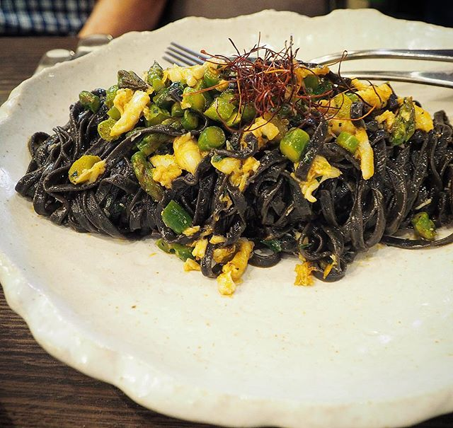 Linguine with squid ink and spanner crab 🦀 yaaassss! 😋 . . . #adelaide #adelaideeats #adelaidefood #safood #lunch #yum #yummy #food #foodie #foodpics #foodblogger #daisyumblog #italian #nomeat #safoodie #foodshare #pasta #adelaiderestaurants #pasta @gradigroup @paradenorwood