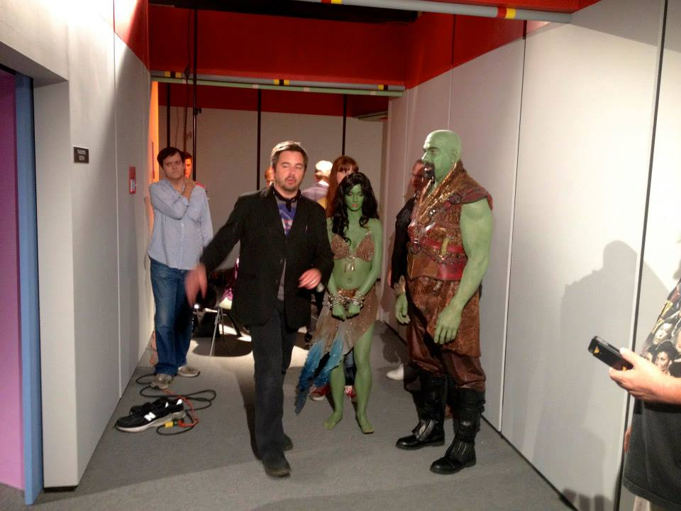"""Chris White directs actors Fiona Vroom and Lou Ferrigno in Star Trek Continues """"Lolani,"""" October 2013."""
