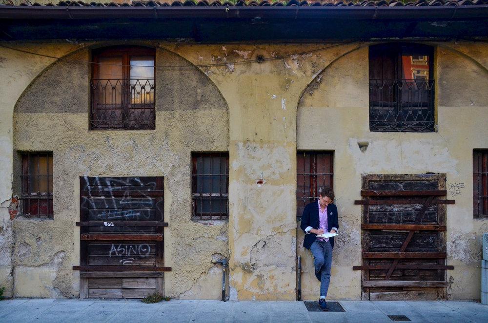 Sketching in Navigli, Milan.