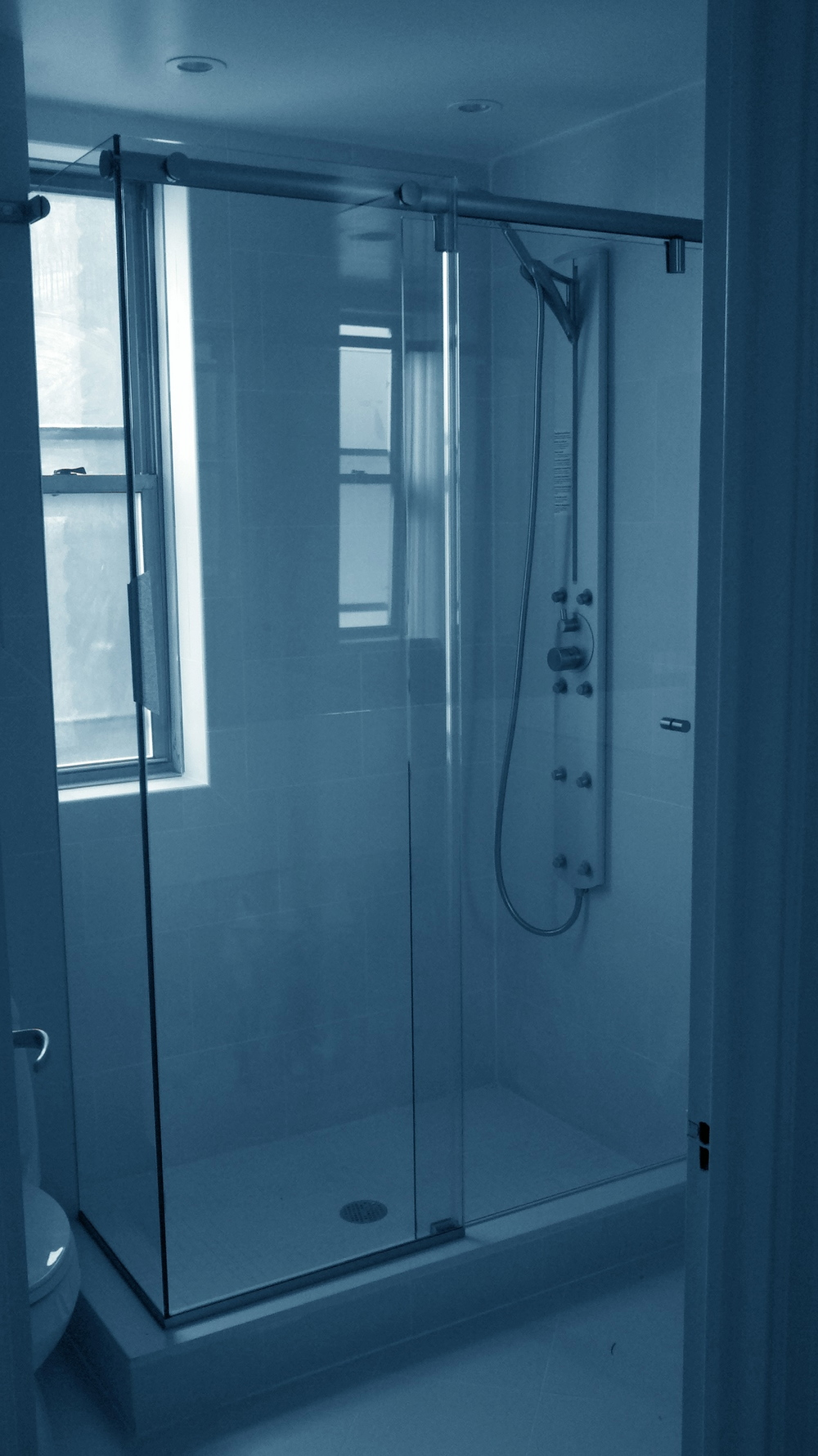 HyrdoSlide SHower.jpg