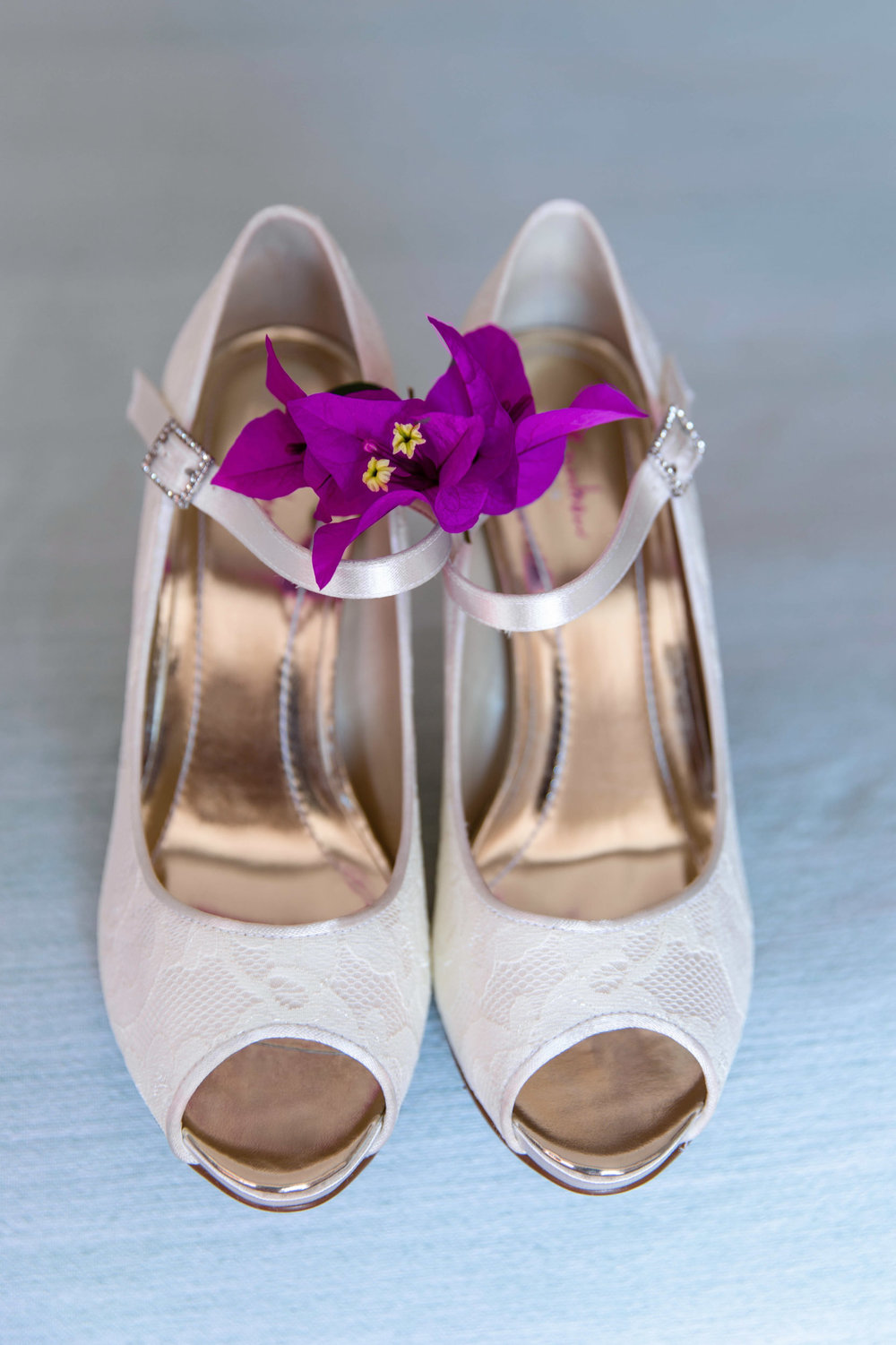 wedding shoes photography