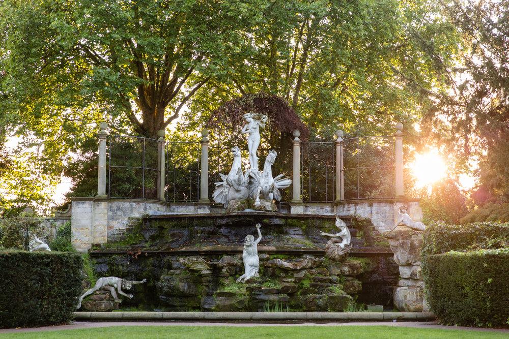 York House Gardens, The Oceanides