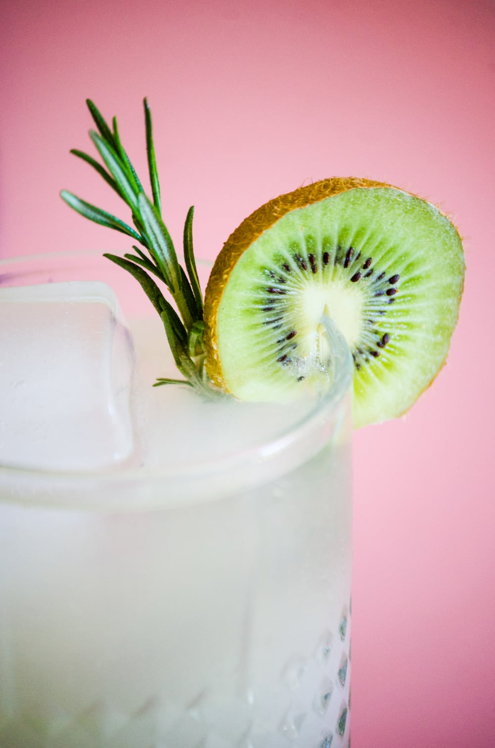 Kiwi Ginger Drop   Recipe & Styling by  Dani Colombatto