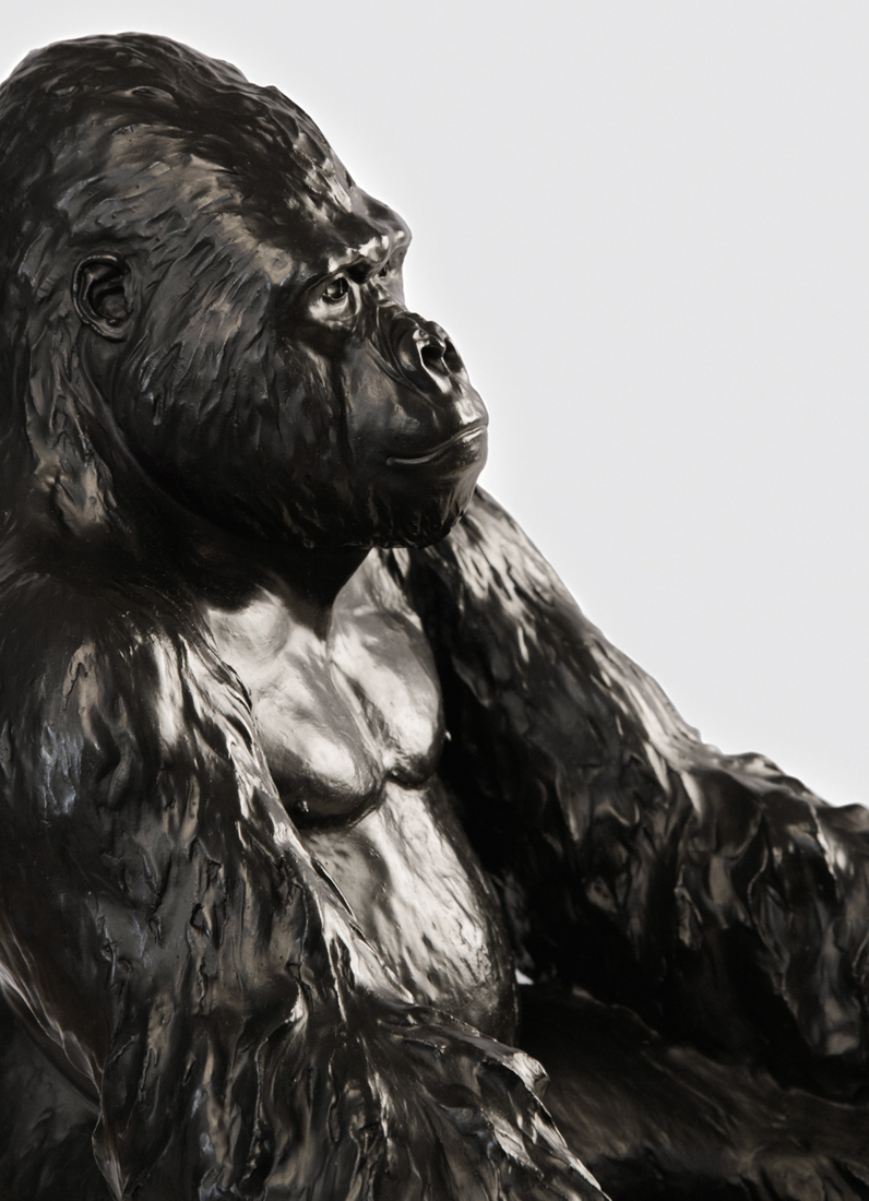 vicky-white-gorilla-sculpture-6.jpg