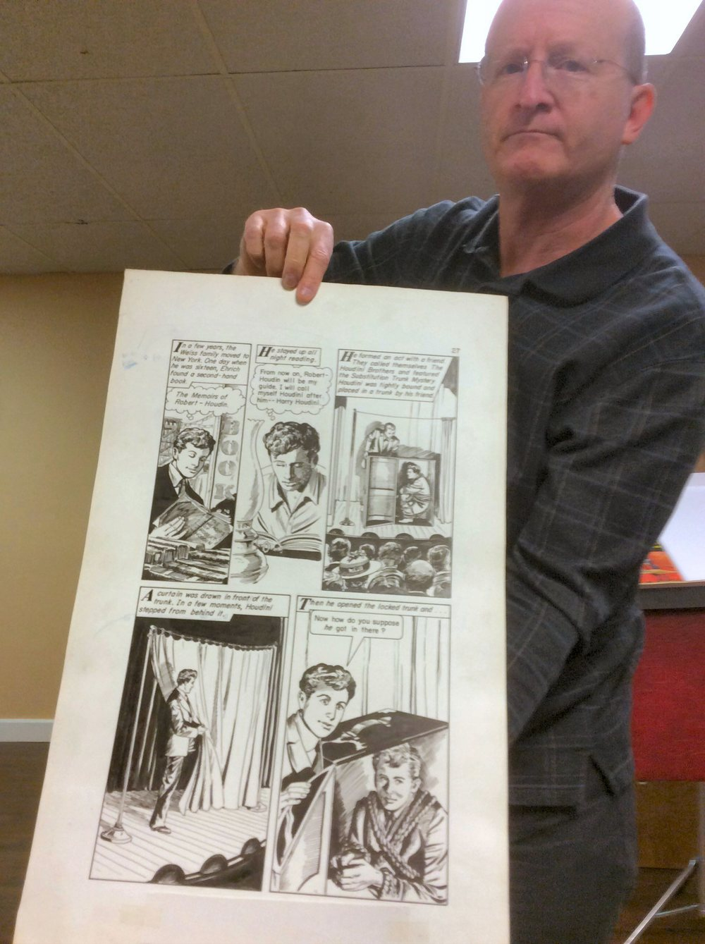 Displaying original artwork from graphic novel