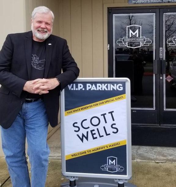 Scott Wells at Murphy's Magic Supplies