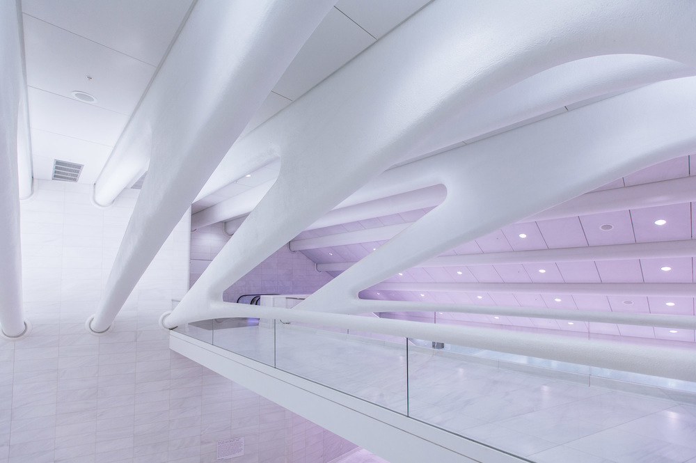 PATH Terminal Tunnel by Santiago Calatrava