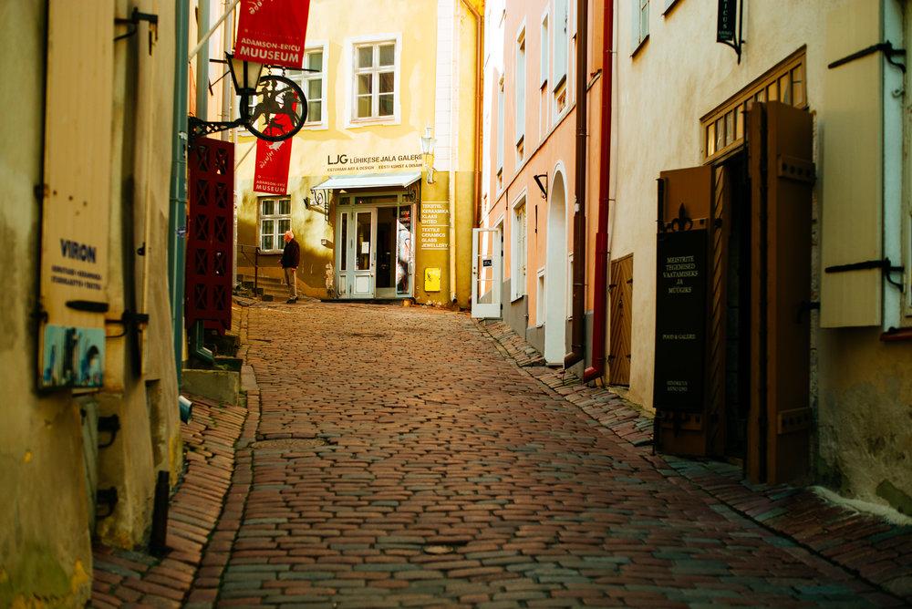 Lühike jalg,Tallinn Old Town