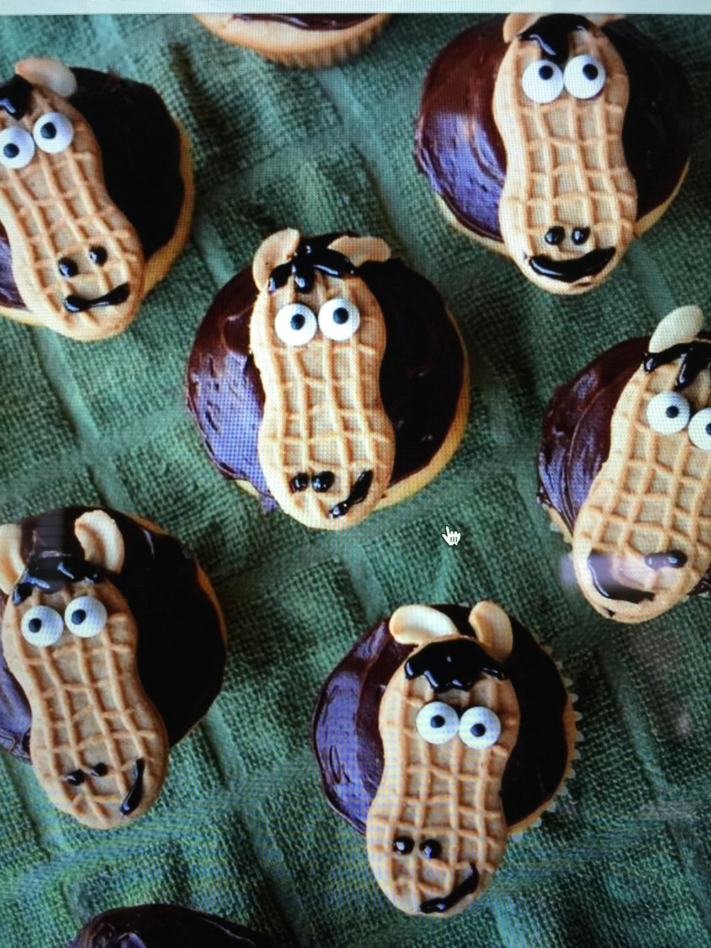 shawna cupcake IMG_0687.JPG