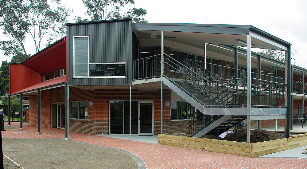 8 Emu  Plains School.jpg