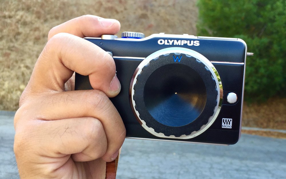 Hipster photography starter kit: Olympus EPL-1 w/ Pinwide lens
