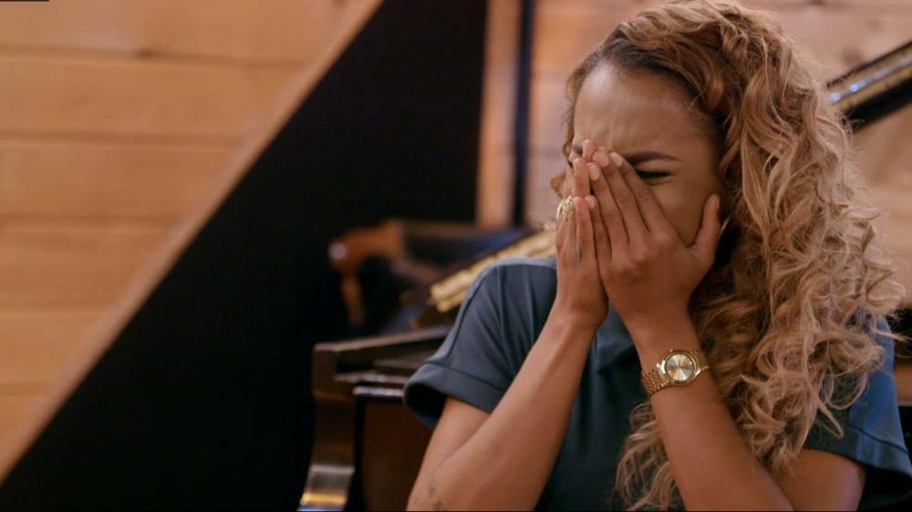 Amina's Emotional Breakdown