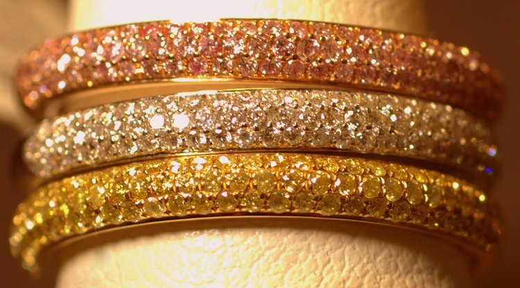 Set of 3 colored diamond pave rings — Engagement Rings