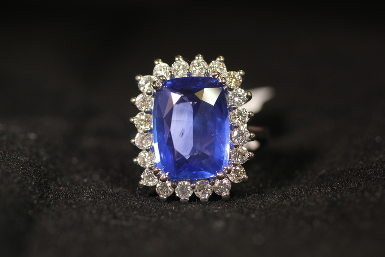 Vintage Style Diamond and Sapphire Ring