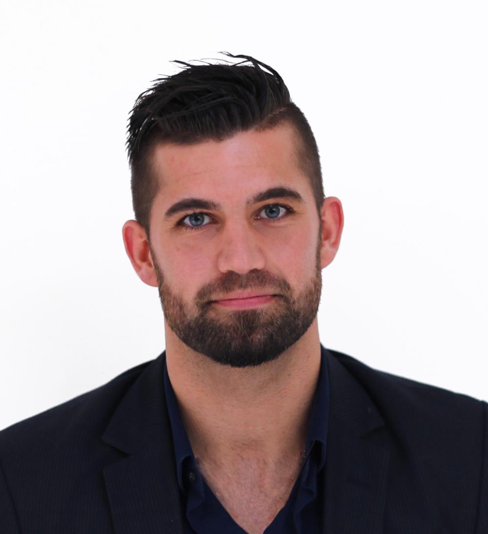 David Roberto Cand.pæd.soc.i pædagogisk psykologi (AU 2016) Teach First Danmark graduate og lærer på Nivå Skole