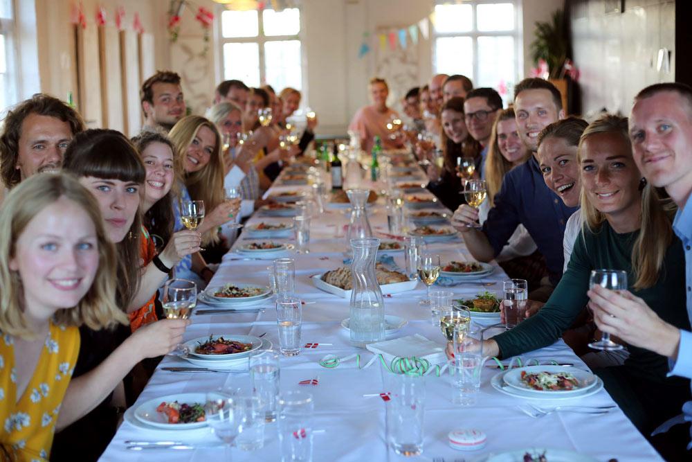 Festmiddag for årgang 2015-17: Det første hold alumner fra Teach First Danmark