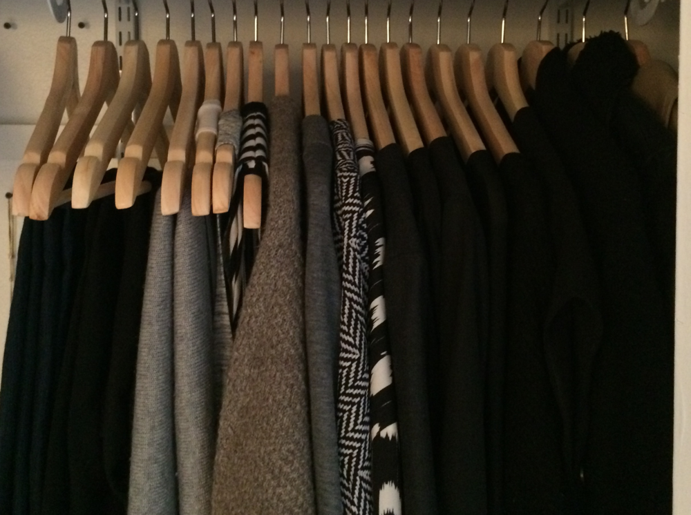 mindful closet capsule wardrobe