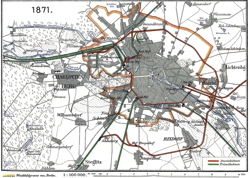 A map of the Berlin Connector Train (the thin brown line in the city center) with the Berlin Ringbahn (the thicker brown line that runs in a semi-circle around the city from Moabit in the north to Schöneberg in the south. In 1871, the first section of the Ring was brought into service, making the Berlin Connector Train unecessary. Image credit:  creative commons.