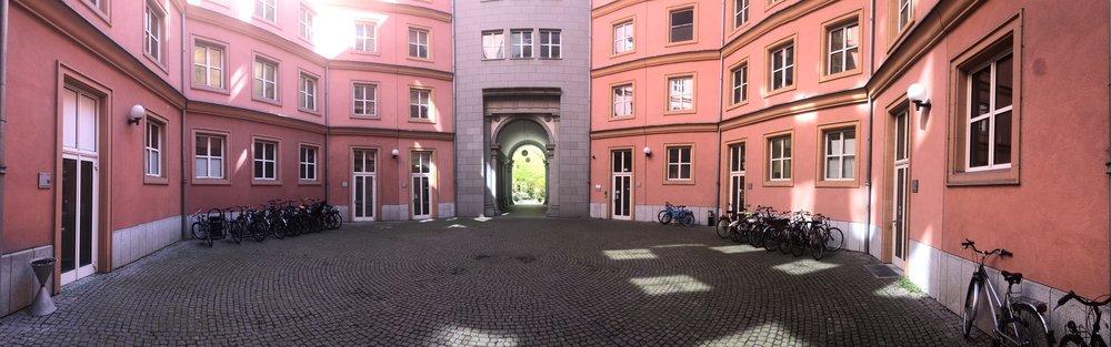 The octogonal courtyard inside the Quarter Schützenstraße.
