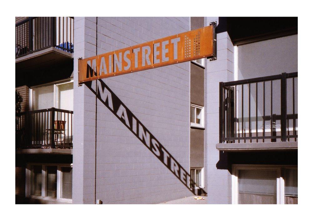 Diamondtimes Calgary Downtown Gold 2004.jpg