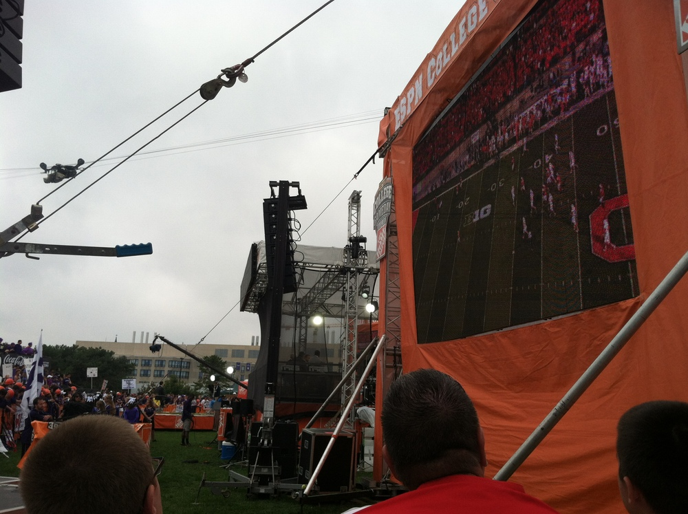 College Game Day made complete by seeing Greeny and Wilbon. Squint and you can see them!