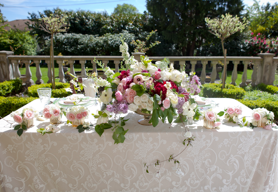 Head table flowers by Platinum Floral Designs, Victoria BC