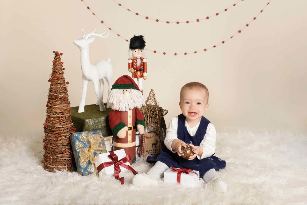 Styled holiday child portrait | Victoria BC family photographer