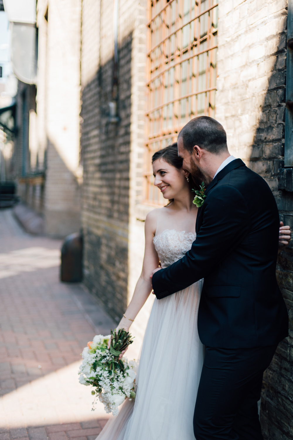 Gorgeous Twin Cities Wedding Portraiture I NYLONSADDLE Photography I Capturing stories through images exactly as they should be I Candid, honest, original photographs