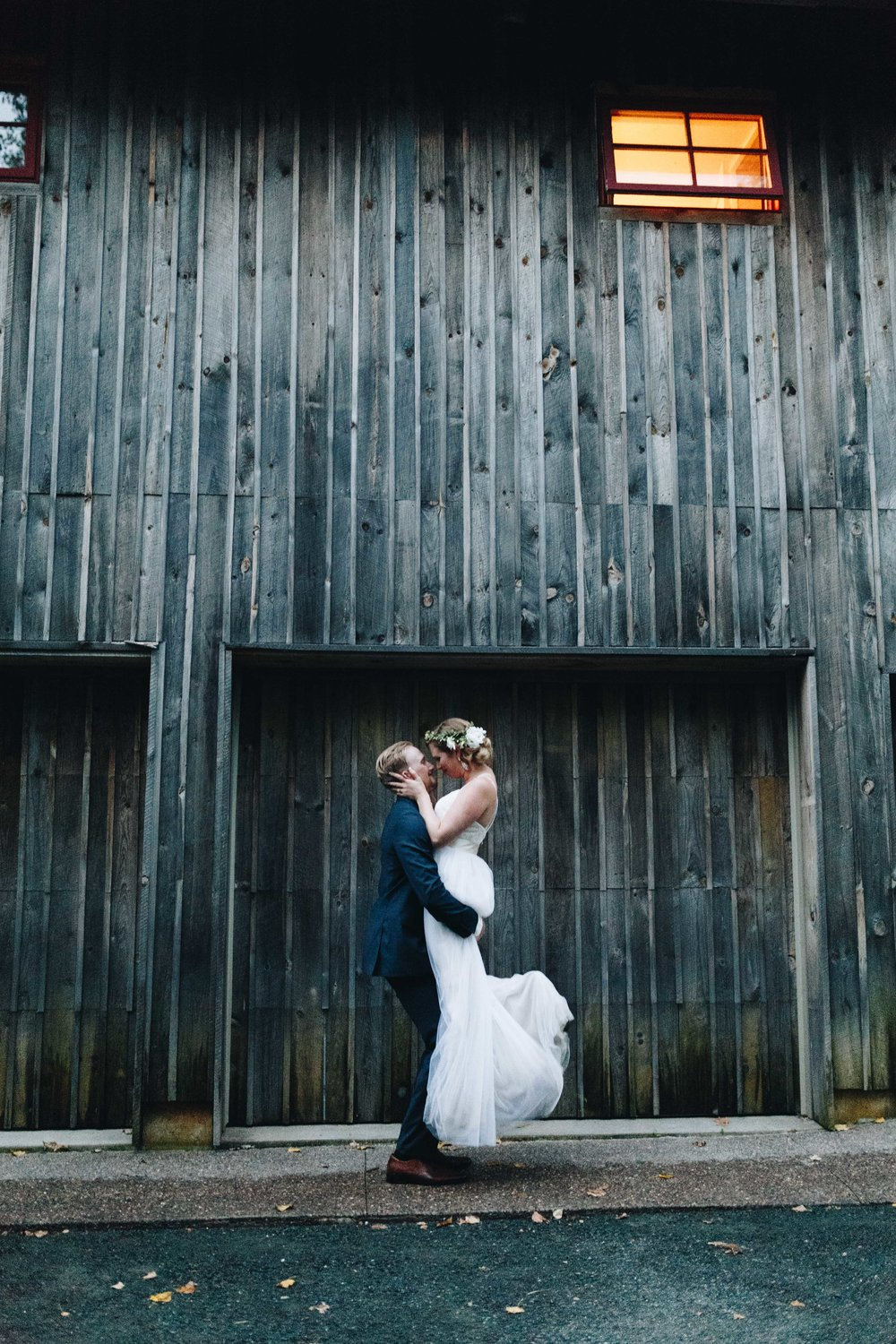 keely-and-nick-blissful-enchanted-barn-wedding-blog-227.jpg