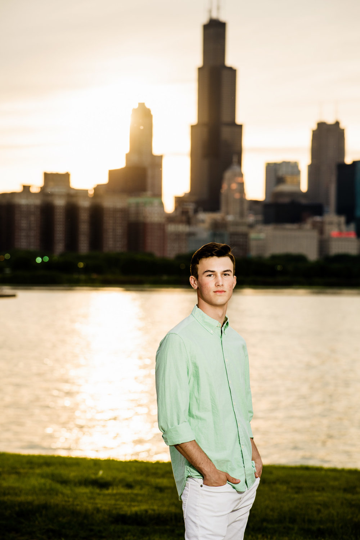 sunset-chicago-senior-portrait