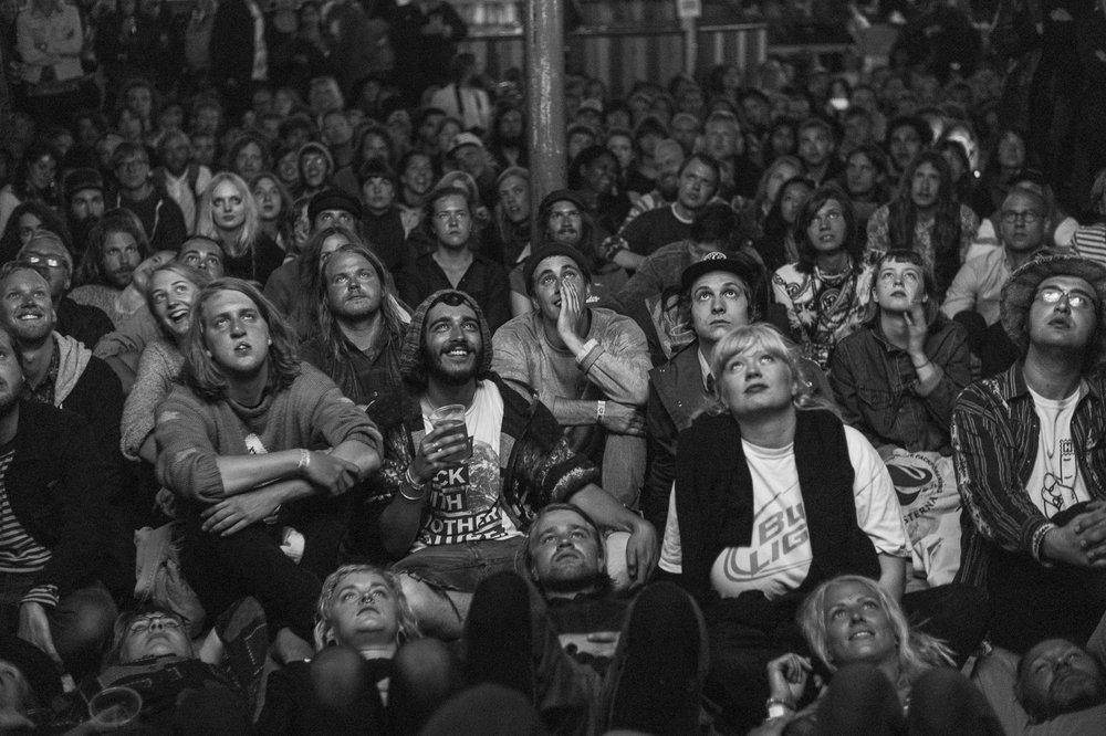 Silent movie crowd at Psykjuntan