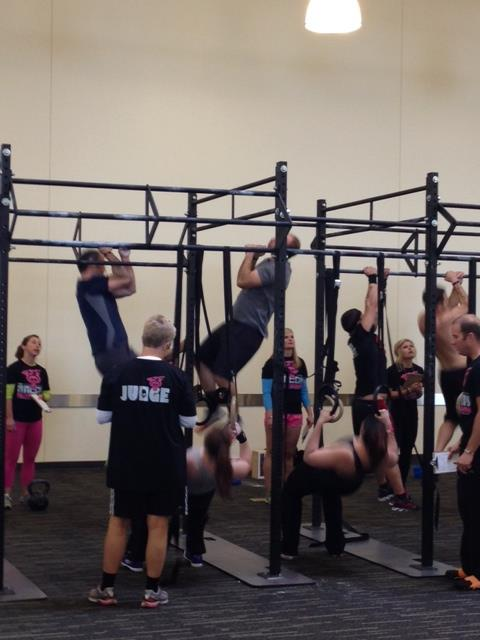 Steve hitting the ear-to-ear pullups