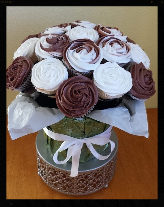 Chocolate and Vanilla! The classic combo was made by Beeters Bakery in Eugene, OR. Custom Cupcake Bouquets are available at their bakery. Check them out at  www.BeekersBakery.com ! Heather is filled with talent and you'll love her work!
