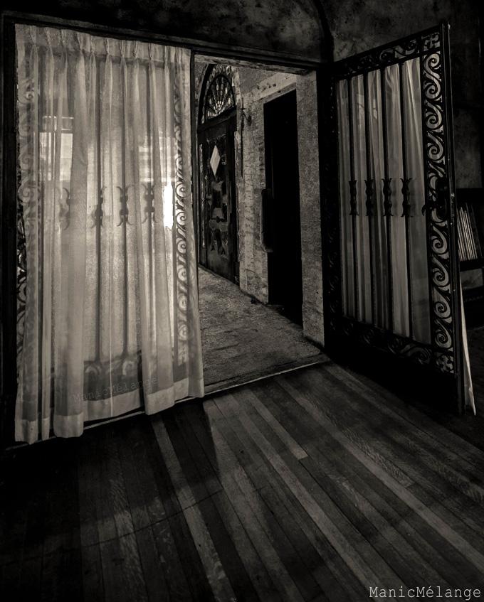 Spirits Flow // Grand Abandoned Mansion