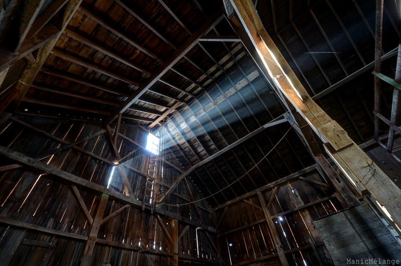 Barn Glow // Abandoned Farm; Wisconsin