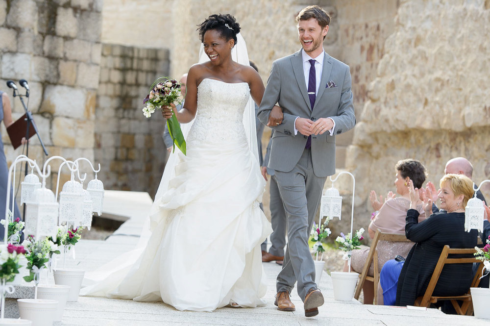 Destination wedding at the Castillo de Zamora in Zamora, Spain.