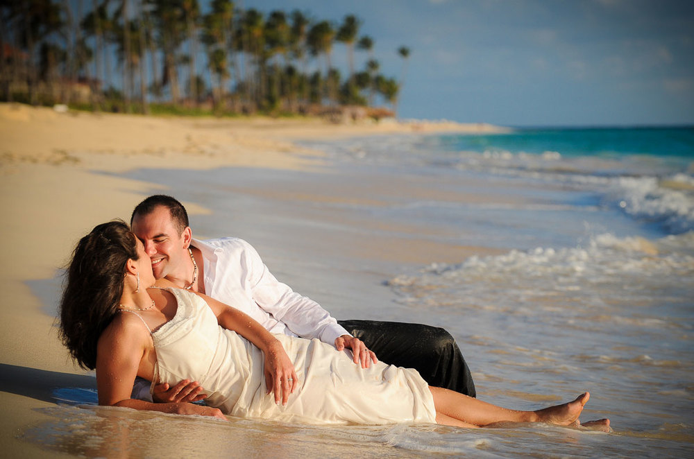 Trash-the-dress session near the Majestic Colonial Resort in Punta Cana, Dominican Republic.