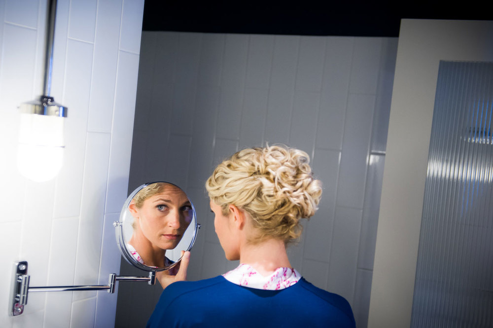 Bride preparation photo at the Thompson Chicago Hotel.
