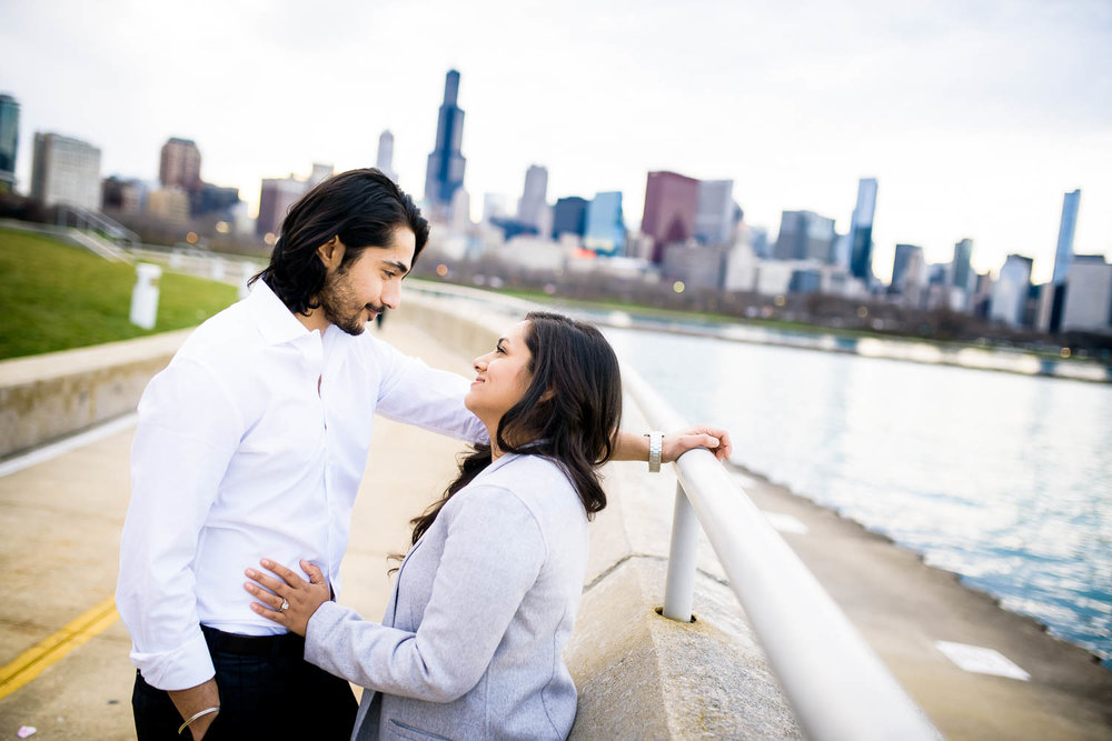 Creative, fun, moment-driven engagement photos at the Shedd Aquarium in Chicago.