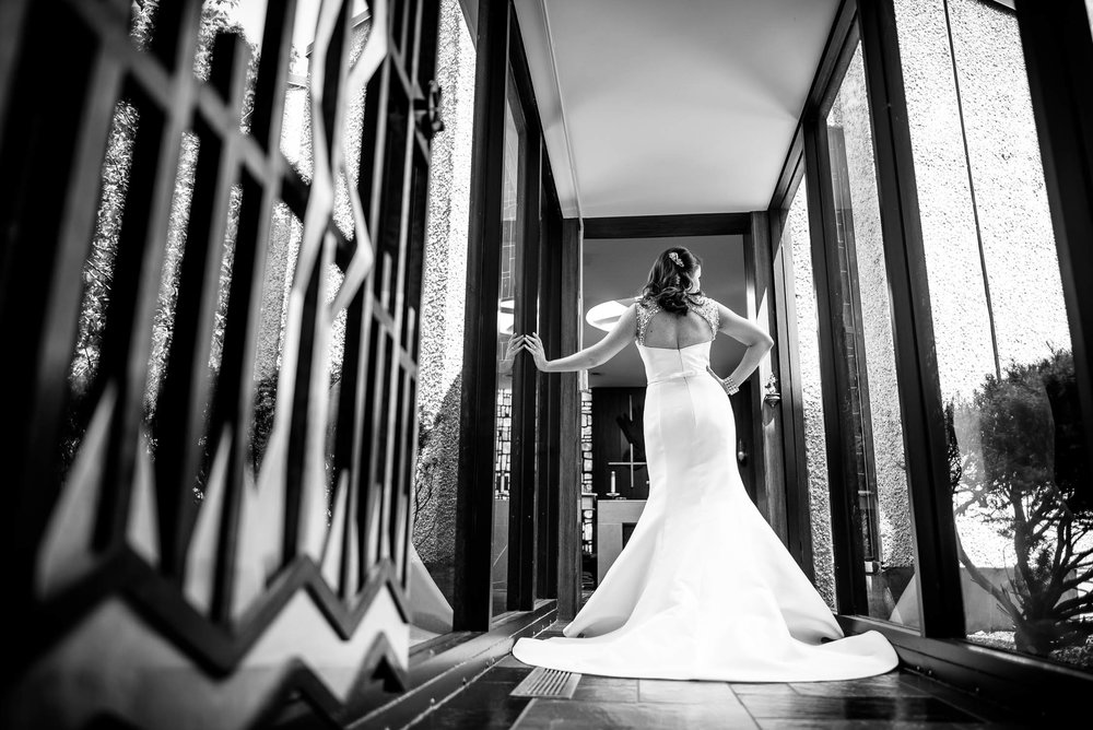 Bridal portrait at St. Barnabus in Beverly, Chicago before the wedding ceremony.