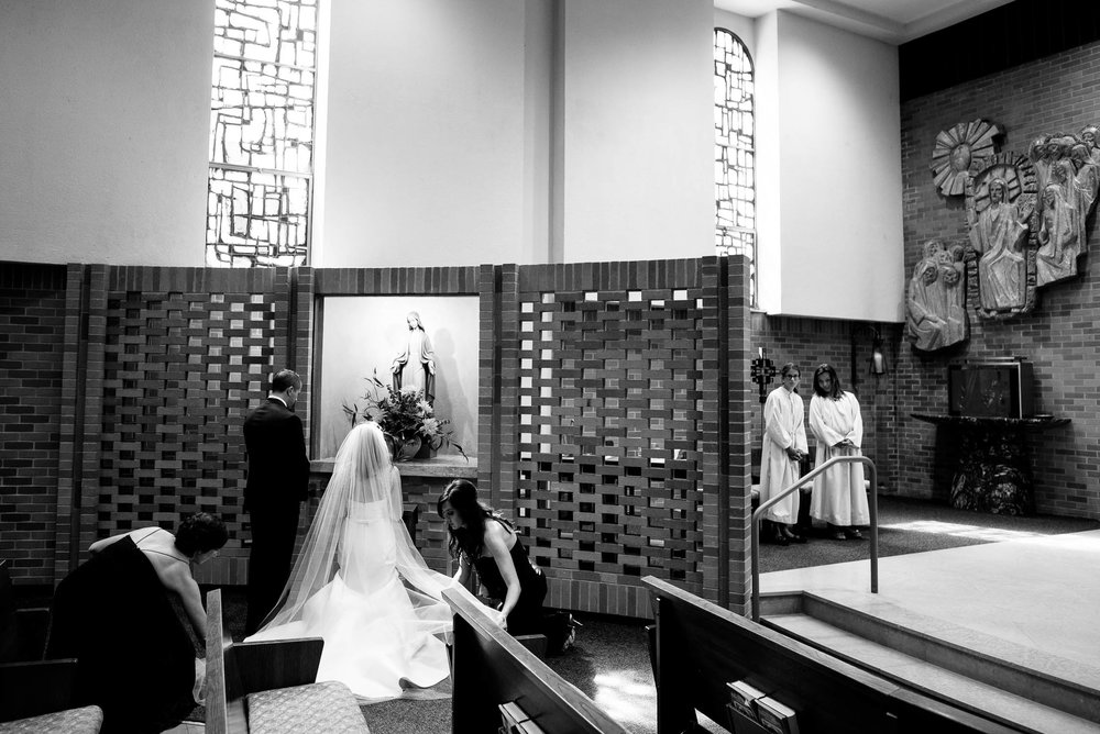 Wedding ceremony at St. Barnabas in Beverly, Chicago.