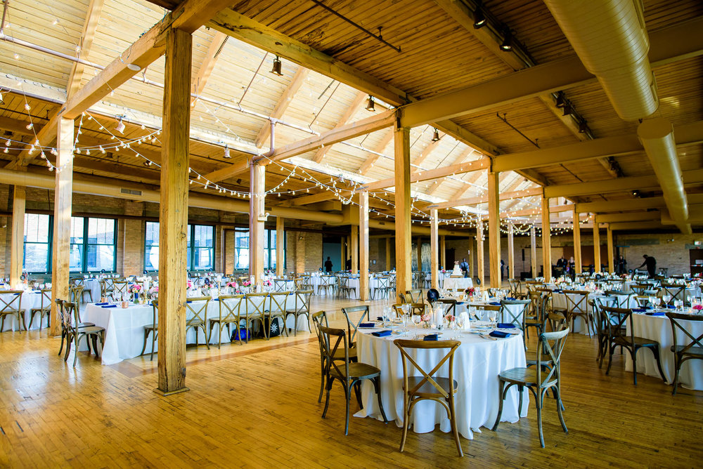 Wedding reception arrangement at the Bridgeport Art Center in Chicago.