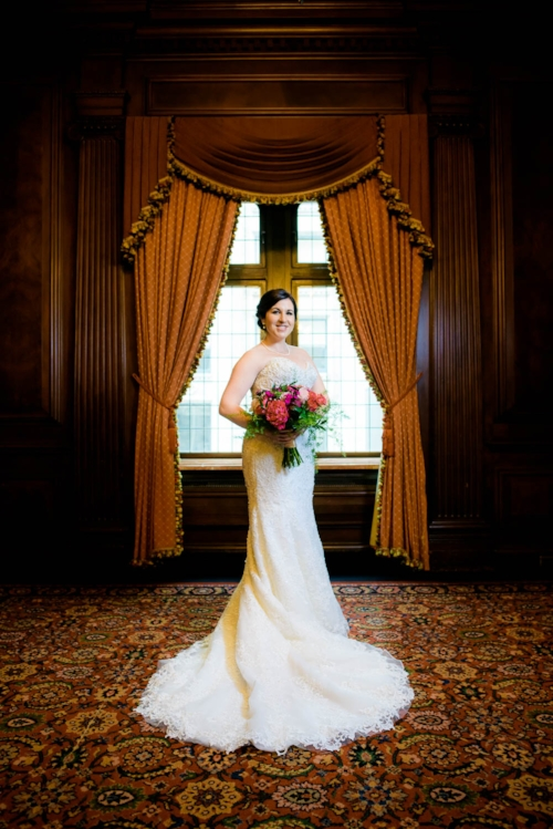 Bridal portrait before her University Club of Chicago wedding.