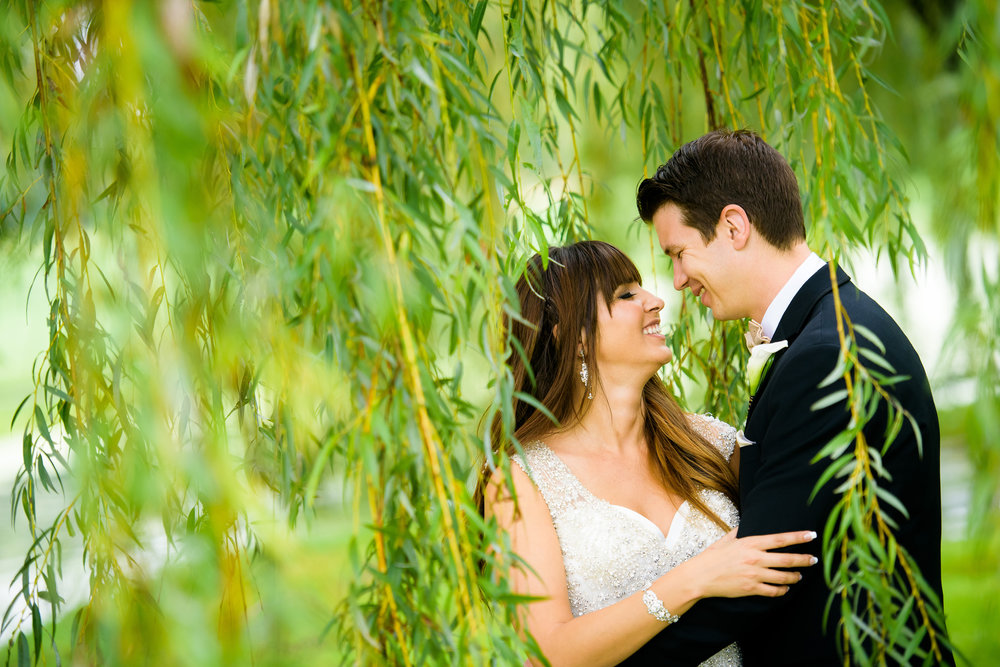 Bride and groom wedding day photo at Turnberry Country Club.