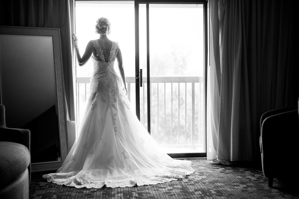 Wedding day bridal portrait before a St. Charles Country Club wedding.