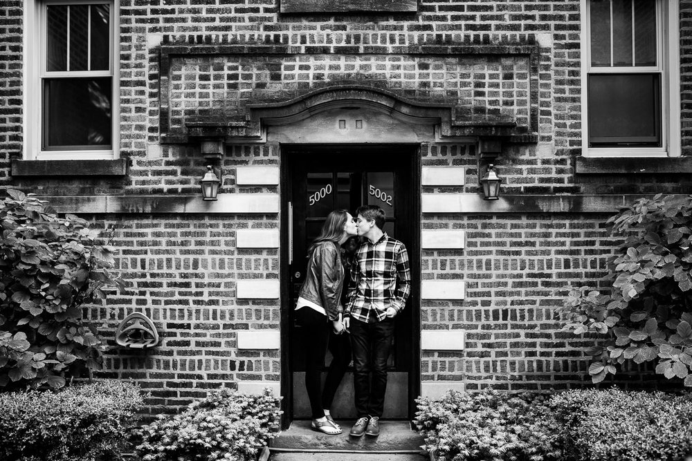 Lincoln Square Chicago Engagement Session