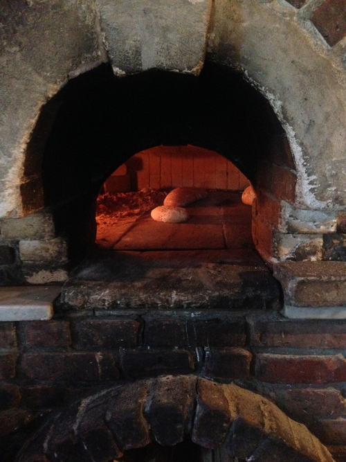 To how make clay oven pizza for